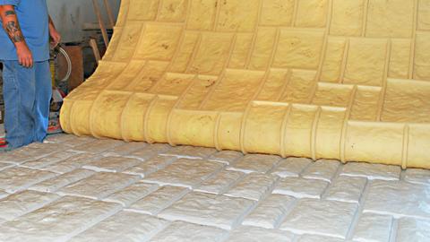 使用VytaFlex模具橡胶制作大型模具内衬片