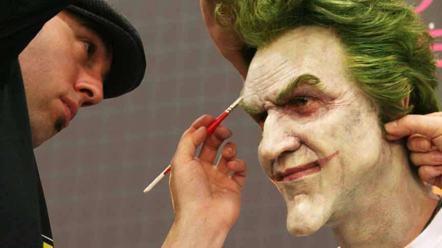 将小丑的狂野带人生活