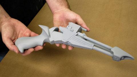 使用Mold Max硅胶和Smooth-Cast制作星际迷航枪